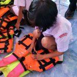 ลงพื้นที่ประเมินการดำเนินงานทักษะความปลอดภัยทางน้ำนักเรียน ป.1 โรงเรียนบ้านแก่งหว้าแก่งไฮ จ.พิษณุโลก ( 27 ก.ย.2561 )